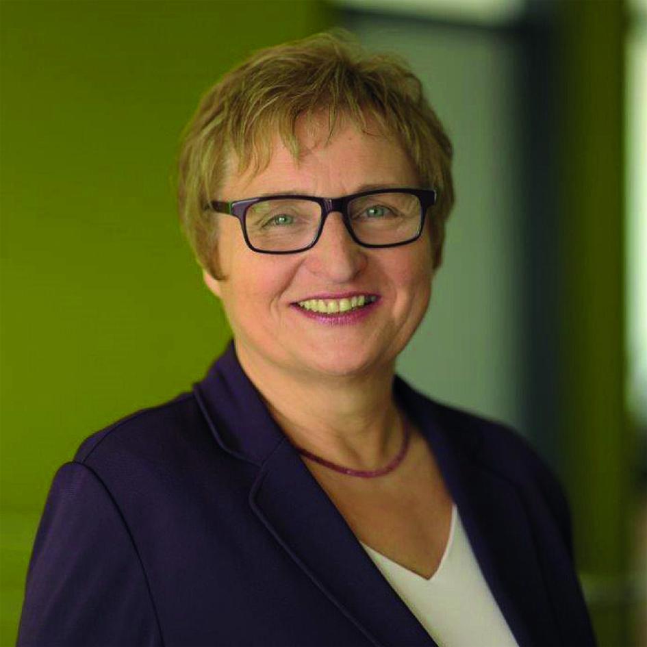 Prof. Dr. Renate Zwicker-Pelzer